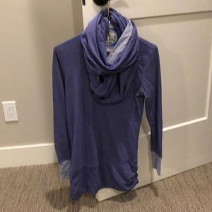 Lucy lounge cowl top